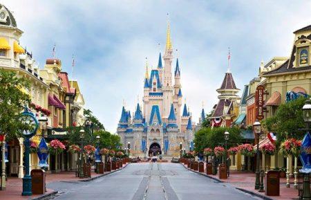 Walt Disney Magic Kingdom rope drop