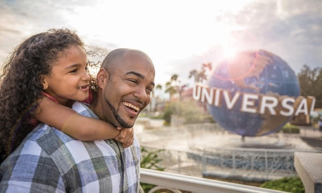 father and daughter enjoying universal studios orlando