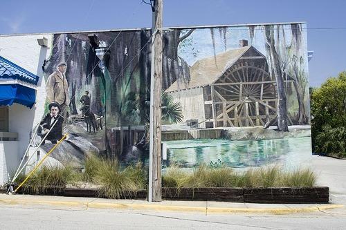 Deland mural Art walk