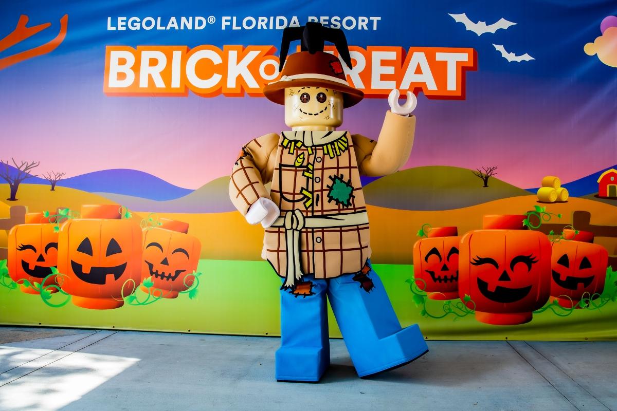 LEGLAND Florida Scarecrow