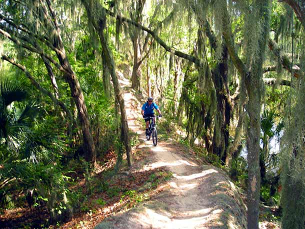 Cycling Loyce Harpe Park Trail